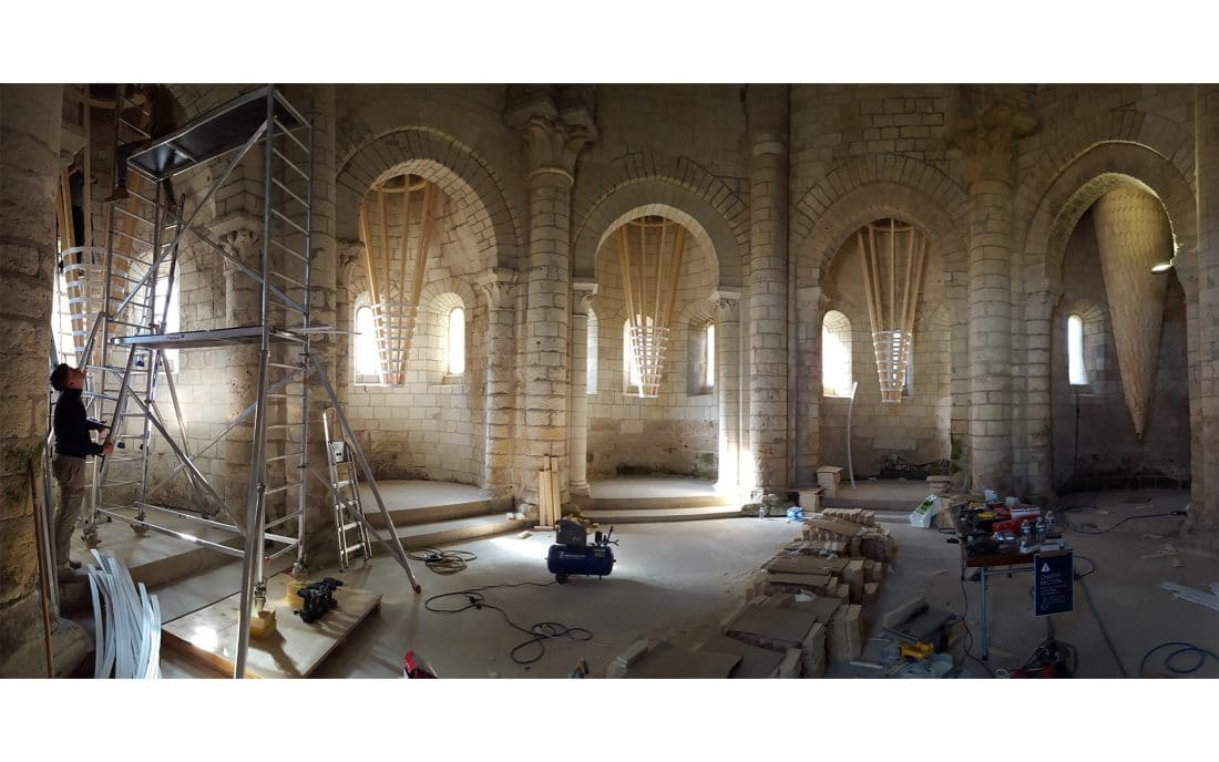 installation éphémère abbaye