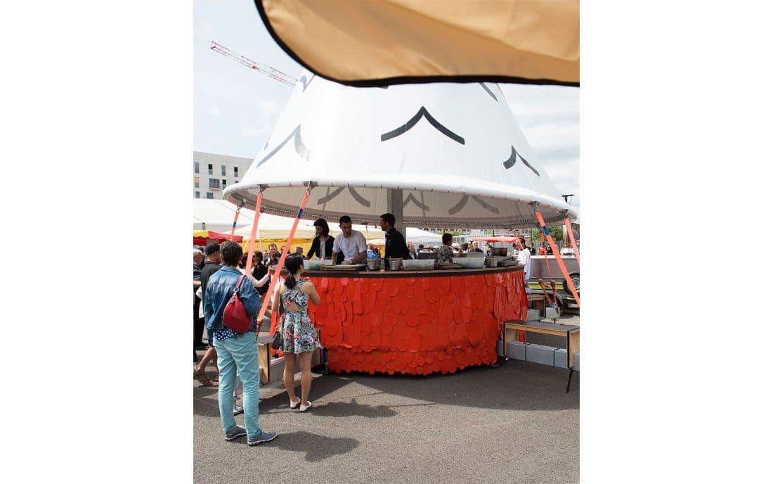 stand street food