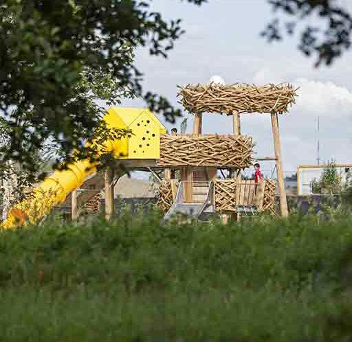 Aire de jeux Plage de Baud Rennes Nids d'oiseaux Métalobil